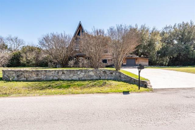 613 Mustang Trail, Granbury, TX 76049 (MLS #14043482) :: RE/MAX Town & Country