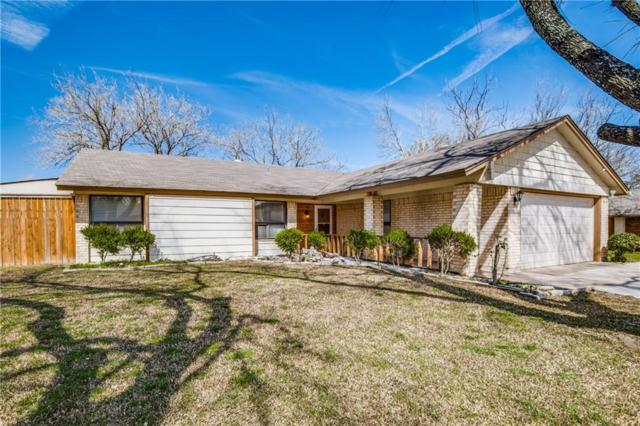 2009 Grenoble Drive, Carrollton, TX 75007 (MLS #14044223) :: RE/MAX Town & Country