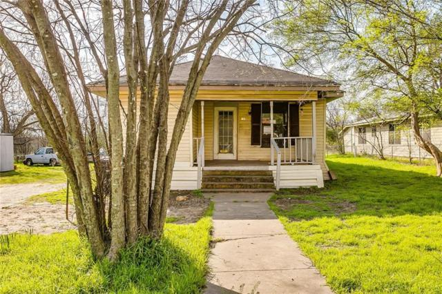 215 Poindexter Avenue, Cleburne, TX 76033 (MLS #14045053) :: Potts Realty Group