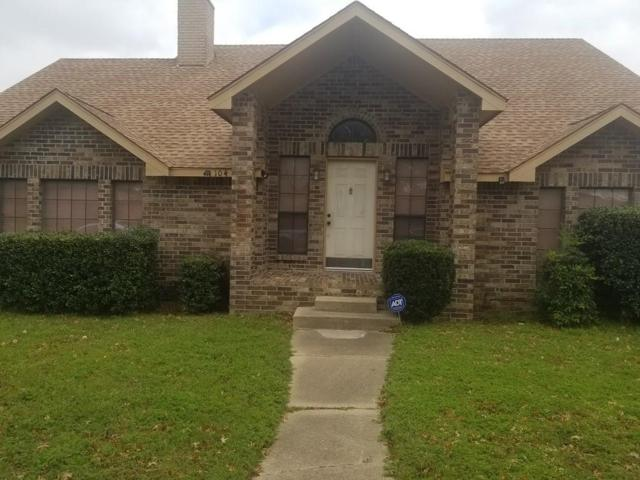 104 Whitewater Trail, Desoto, TX 75115 (MLS #14045779) :: Frankie Arthur Real Estate