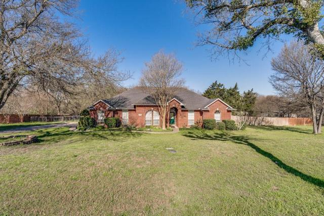 303 Twin Lakes Drive, Waxahachie, TX 75165 (MLS #14045804) :: The Good Home Team