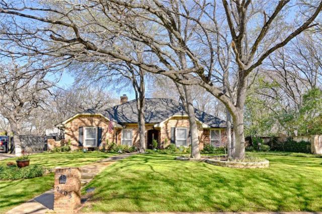 2403 Villa Vera Drive, Arlington, TX 76017 (MLS #14046177) :: Van Poole Properties Group