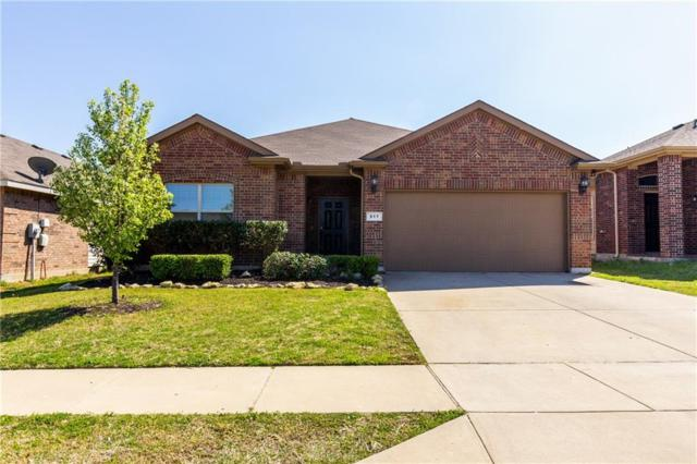 517 Rosario Lane, Fort Worth, TX 76052 (MLS #14046284) :: RE/MAX Town & Country