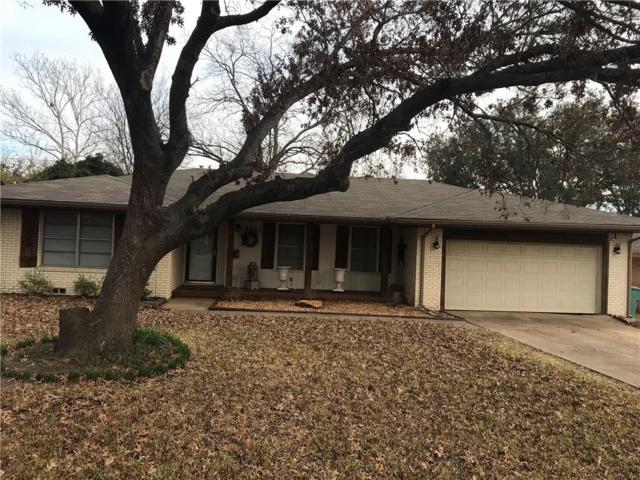 1418 Robin Drive, Sherman, TX 75092 (MLS #14046321) :: Baldree Home Team