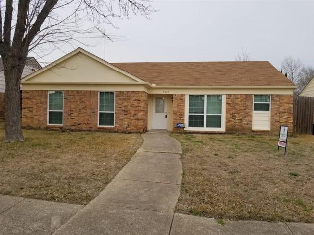 207 Southerland Avenue, Mesquite, TX 75150 (MLS #14046744) :: Van Poole Properties Group