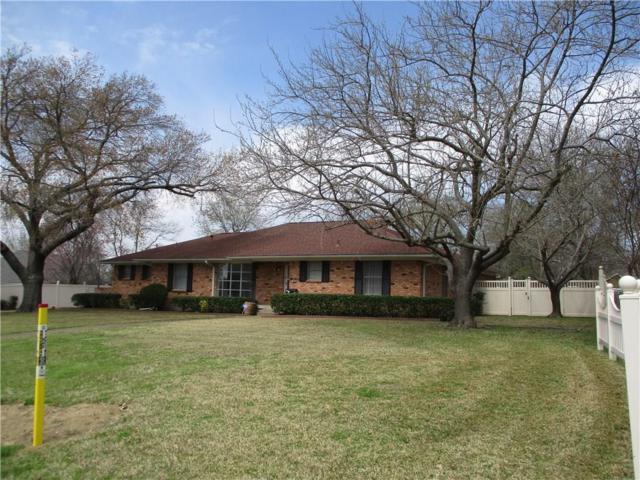 202 W Barnes Street, Kaufman, TX 75142 (MLS #14046834) :: RE/MAX Town & Country