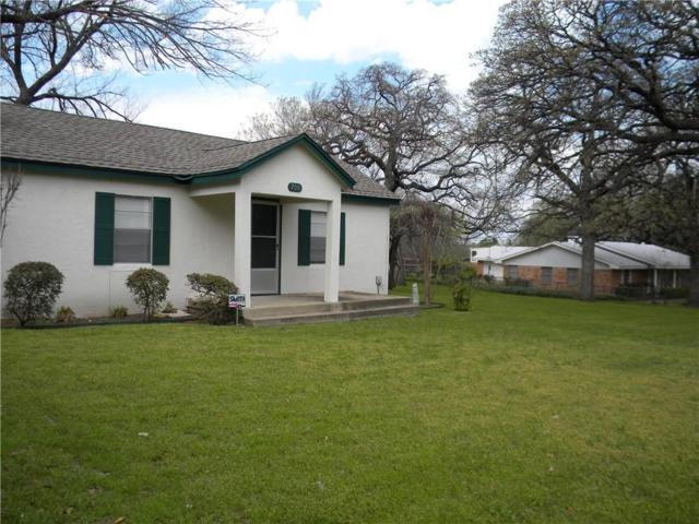 708 Oakwood Lane, Arlington, TX 76012 (MLS #14047007) :: The Sarah Padgett Team