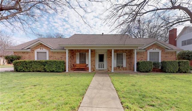 409 S Jackson Avenue, Justin, TX 76247 (MLS #14047087) :: Baldree Home Team