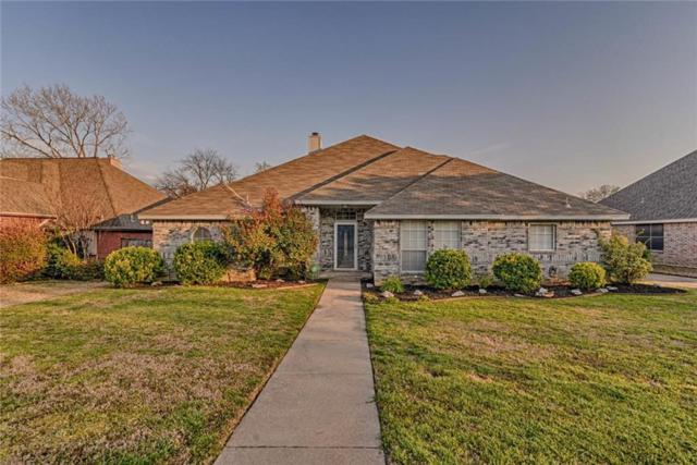 816 Xavier Drive, Mansfield, TX 76063 (MLS #14047515) :: The Sarah Padgett Team