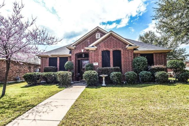 500 Oakdale Court, Burleson, TX 76028 (MLS #14047595) :: RE/MAX Town & Country