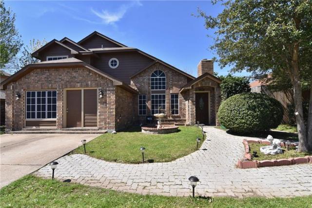 4223 Walsh Lane, Grand Prairie, TX 75052 (MLS #14048182) :: Century 21 Judge Fite Company