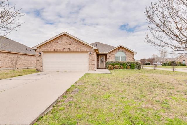 333 Hacienda Drive, Waxahachie, TX 75165 (MLS #14048630) :: Century 21 Judge Fite Company