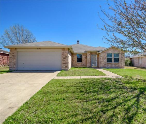 208 Blazing Star Trail, Burleson, TX 76028 (MLS #14049168) :: Century 21 Judge Fite Company