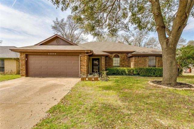 2509 Bayberry Lane, Euless, TX 76039 (MLS #14049169) :: The Mitchell Group