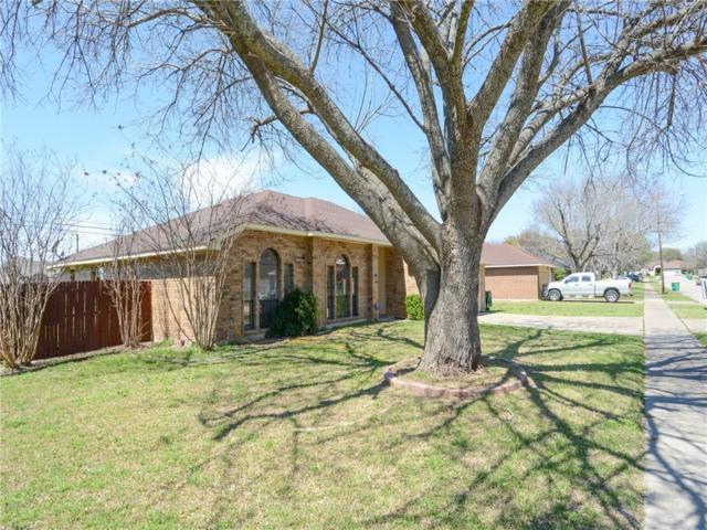 912 Blewitt Drive, Cedar Hill, TX 75104 (MLS #14049779) :: Century 21 Judge Fite Company
