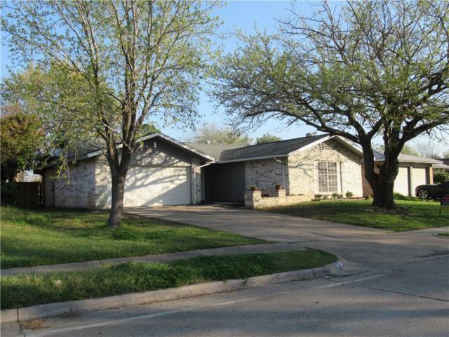 510 Michael Drive, Grand Prairie, TX 75052 (MLS #14050720) :: RE/MAX Pinnacle Group REALTORS