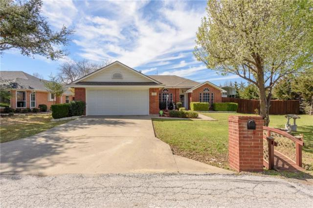 519 N College Avenue, Justin, TX 76247 (MLS #14050994) :: RE/MAX Town & Country
