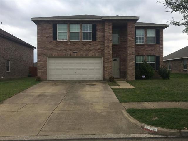 900 Wild Prairie Drive, Arlington, TX 76002 (MLS #14051165) :: RE/MAX Town & Country