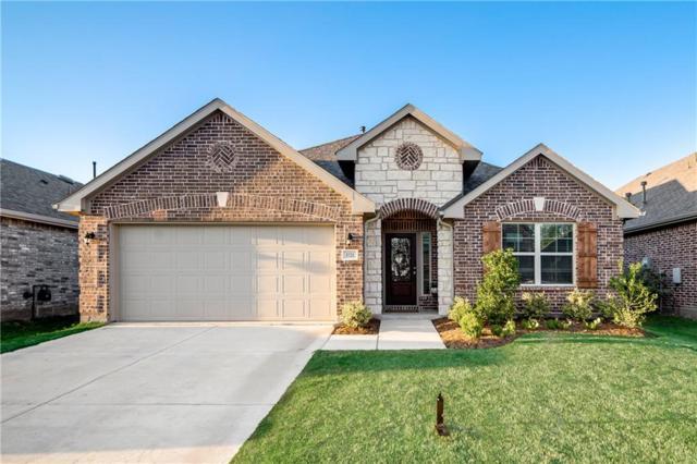 1721 Ridge Creek Lane, Aubrey, TX 76227 (MLS #14052036) :: Real Estate By Design