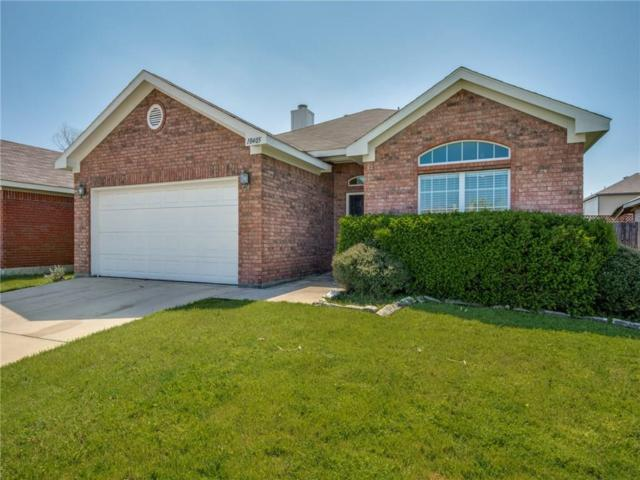 10405 Fossil Hill Drive, Fort Worth, TX 76131 (MLS #14053808) :: RE/MAX Town & Country