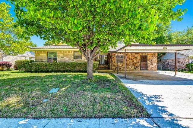 1116 Kathy Drive, Carrollton, TX 75006 (MLS #14054590) :: Tenesha Lusk Realty Group