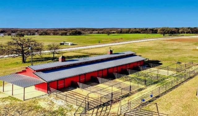 1371 County Road 130, Whitesboro, TX 76273 (MLS #14055815) :: All Cities Realty