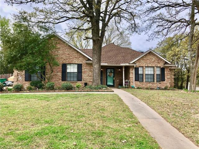1901 Oxford Drive, Kaufman, TX 75142 (MLS #14057298) :: RE/MAX Town & Country