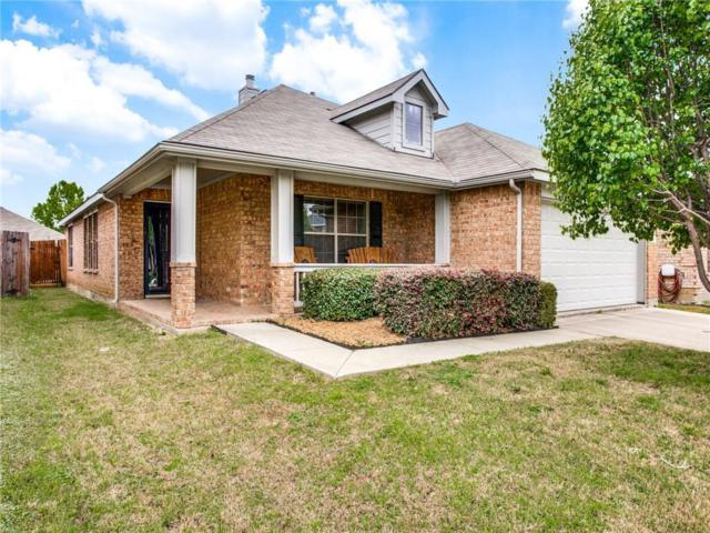 2811 Grandview Drive, Grand Prairie, TX 75052 (MLS #14058449) :: RE/MAX Pinnacle Group REALTORS