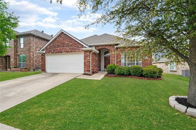 6811 Woodcrest Lane, Sachse, TX 75048 (MLS #14059391) :: RE/MAX Town & Country