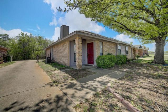 5433 Stagetrail Drive, Arlington, TX 76017 (MLS #14059416) :: RE/MAX Town & Country