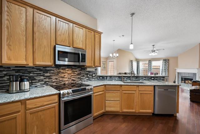 3208 Ash Lane, Mckinney, TX 75070 (MLS #14060540) :: RE/MAX Town & Country