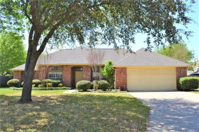 11 Brook Arbor Court, Mansfield, TX 76063 (MLS #14061174) :: RE/MAX Town & Country