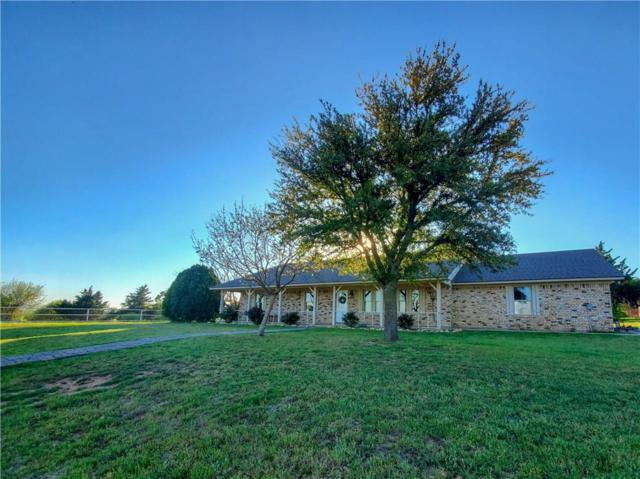 197 Hilltop Drive, Decatur, TX 76234 (MLS #14062219) :: RE/MAX Town & Country