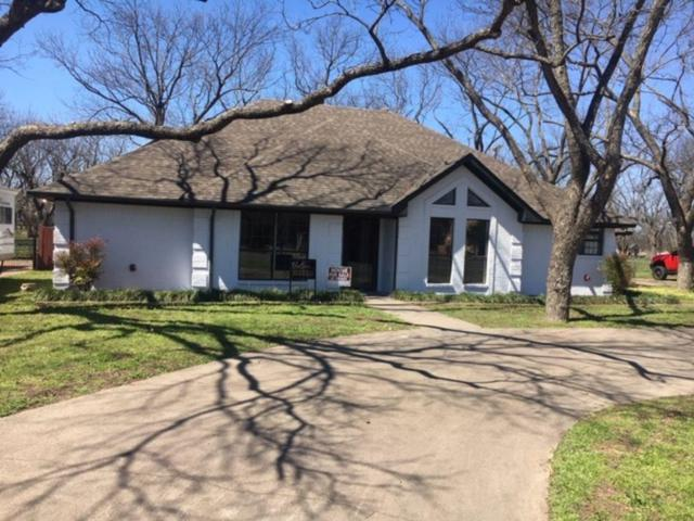 7517 Ravenswood Road, Granbury, TX 76049 (MLS #14062952) :: Robbins Real Estate Group