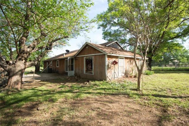 6701 Oak Crest Drive E, Kennedale, TX 76140 (MLS #14063659) :: The Hornburg Real Estate Group