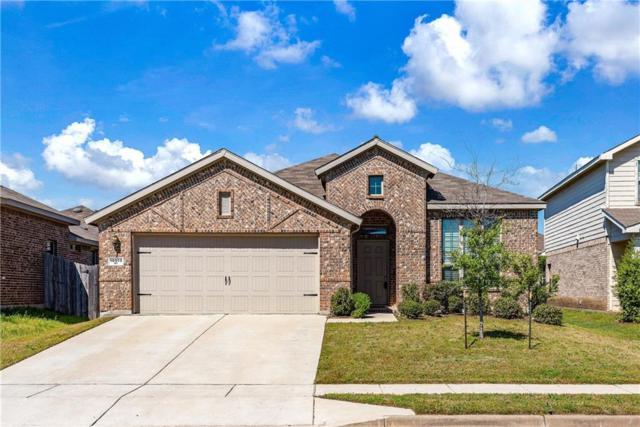 10513 Turning Leaf Trail, Fort Worth, TX 76131 (MLS #14064060) :: RE/MAX Town & Country