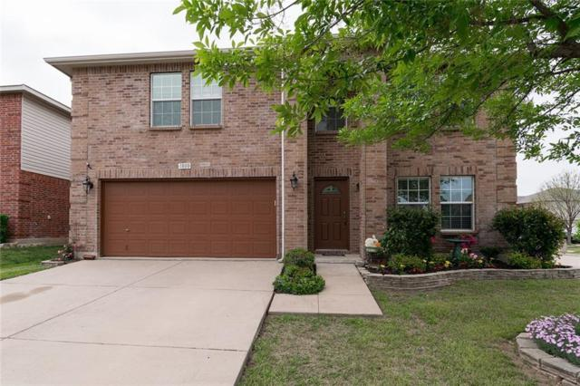 1800 J Cheshier Road, Fort Worth, TX 76247 (MLS #14064101) :: RE/MAX Town & Country