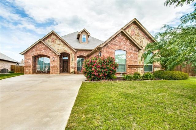 529 Sky View Court, Burleson, TX 76028 (MLS #14064908) :: The Hornburg Real Estate Group