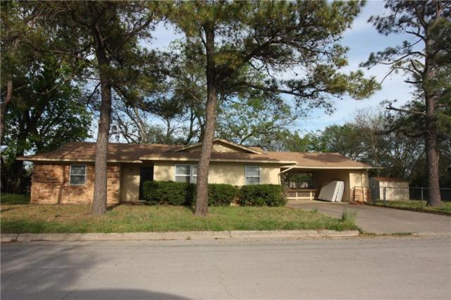 1600 Lynwood Street, Gainesville, TX 76240 (MLS #14065033) :: The Paula Jones Team | RE/MAX of Abilene
