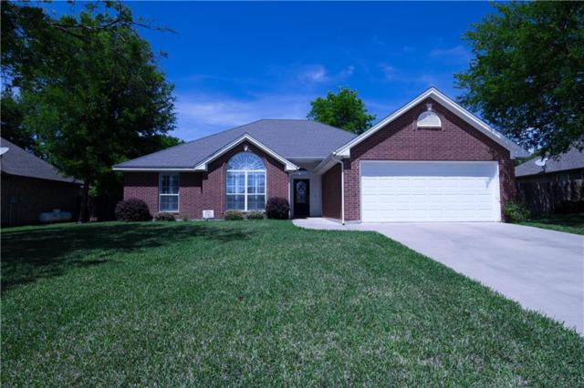 2203 Ridgewood Drive, Bridgeport, TX 76426 (MLS #14065898) :: RE/MAX Town & Country