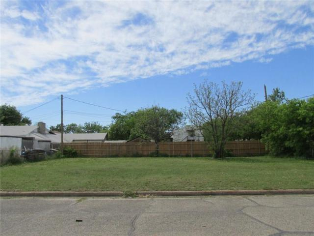 305 Hallvale Drive, White Settlement, TX 76108 (MLS #14065919) :: RE/MAX Town & Country