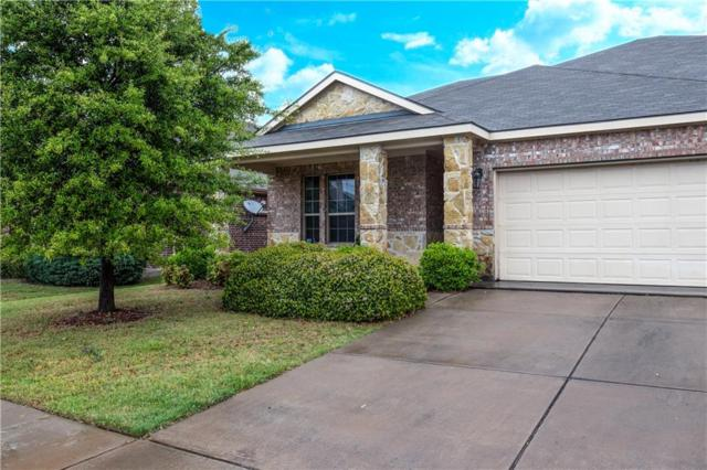 4717 Hidden Pond Drive, Frisco, TX 75036 (MLS #14066595) :: RE/MAX Town & Country