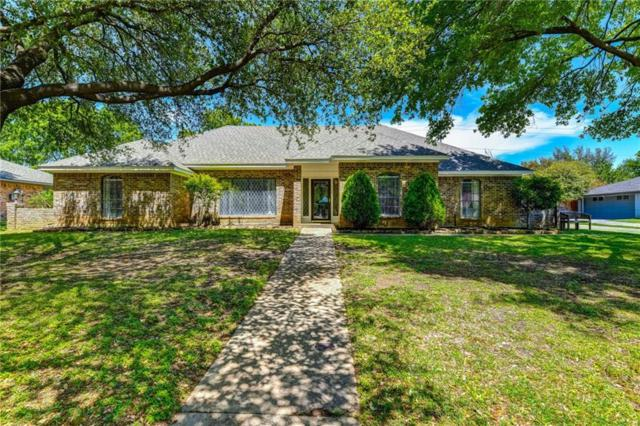 233 Glenmere Drive, Highland Village, TX 75077 (MLS #14066647) :: RE/MAX Town & Country