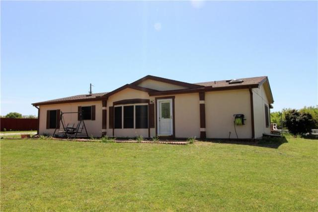 398 Hogan Lane, Whitesboro, TX 76273 (MLS #14067242) :: Roberts Real Estate Group