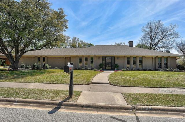 1528 Crescent Drive, Sherman, TX 75092 (MLS #14067616) :: RE/MAX Town & Country