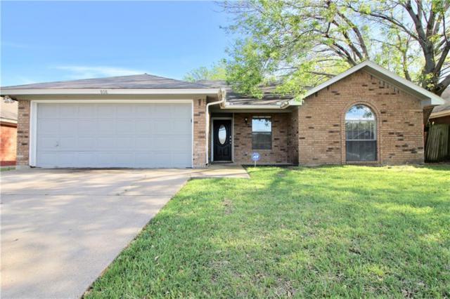 808 Crystal Creek Lane, Arlington, TX 76001 (MLS #14067785) :: RE/MAX Town & Country
