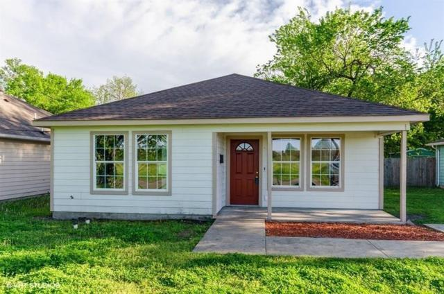 2833 Dalton Street, Greenville, TX 75401 (MLS #14068160) :: RE/MAX Town & Country