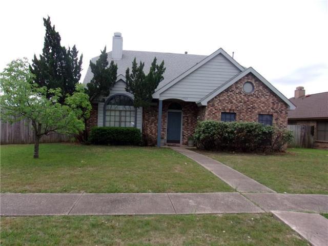 2909 Trilene Drive, Grand Prairie, TX 75052 (MLS #14068920) :: Ann Carr Real Estate