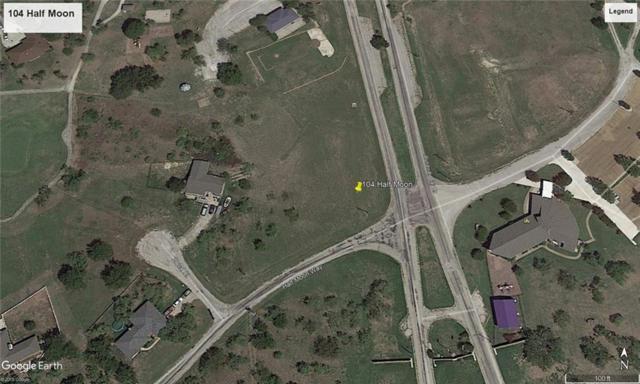 104 Half Moon Way, Runaway Bay, TX 76426 (MLS #14069018) :: Lynn Wilson with Keller Williams DFW/Southlake