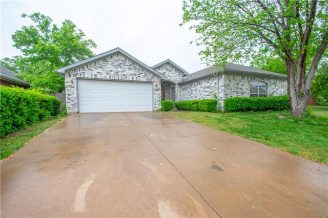 2404 Whispering Creek Drive, Arlington, TX 76018 (MLS #14069313) :: RE/MAX Town & Country